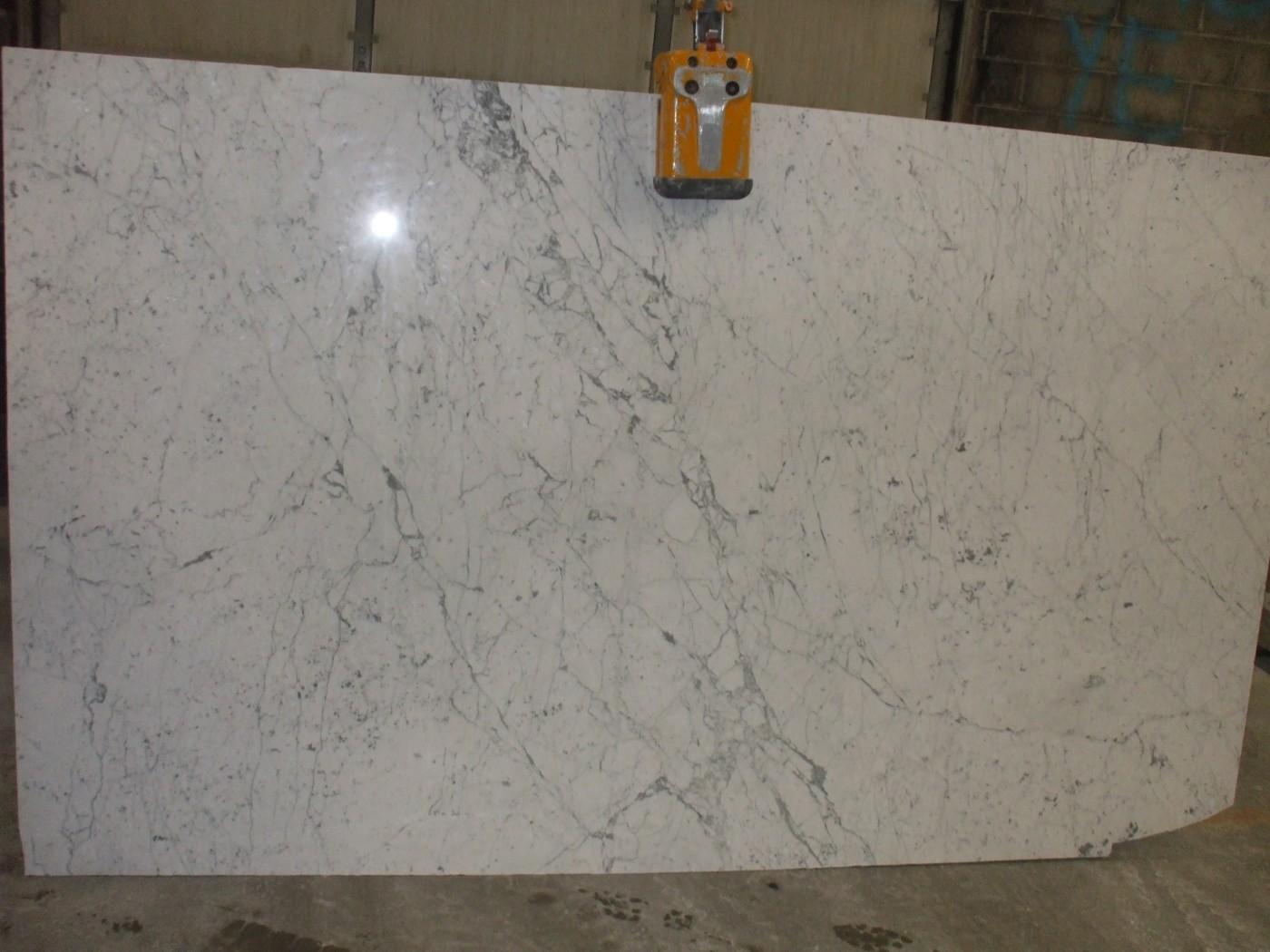 2cm White Carrara Venantino