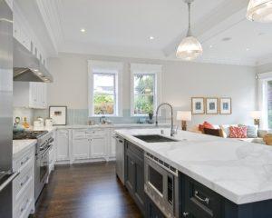 white-granite-countertops-in-massachusetts