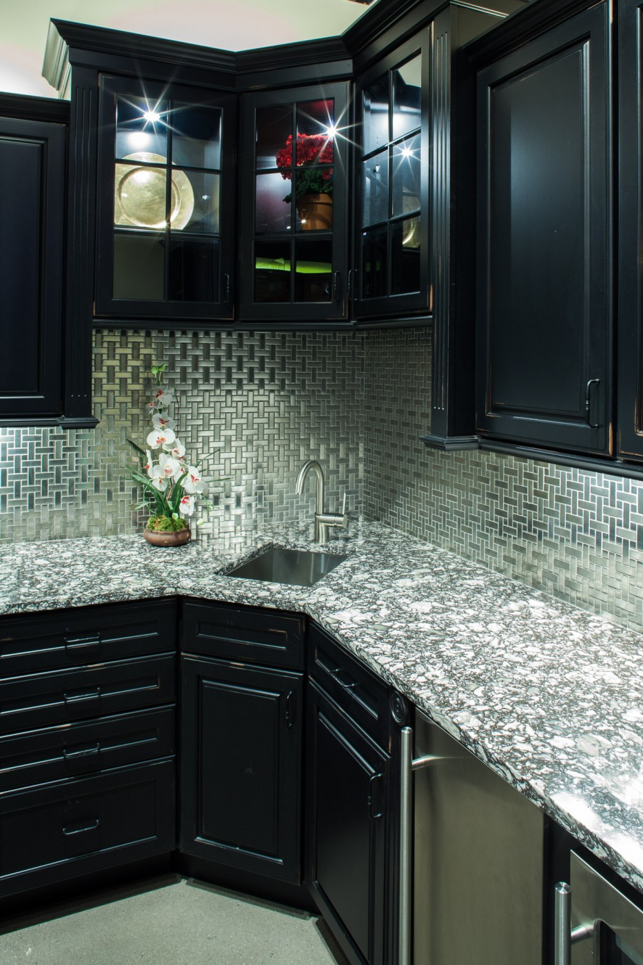 Marble and Granite Countertops Ma | Quartz Countertops ... on Backsplash:gjexfbx4_Ly= Black Granite Countertops  id=45546